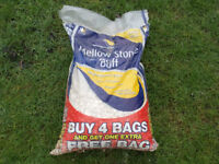 Decorative Cotswold stone chippings