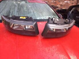 Seat leon head lights come off from Fr tdi 2005 plate