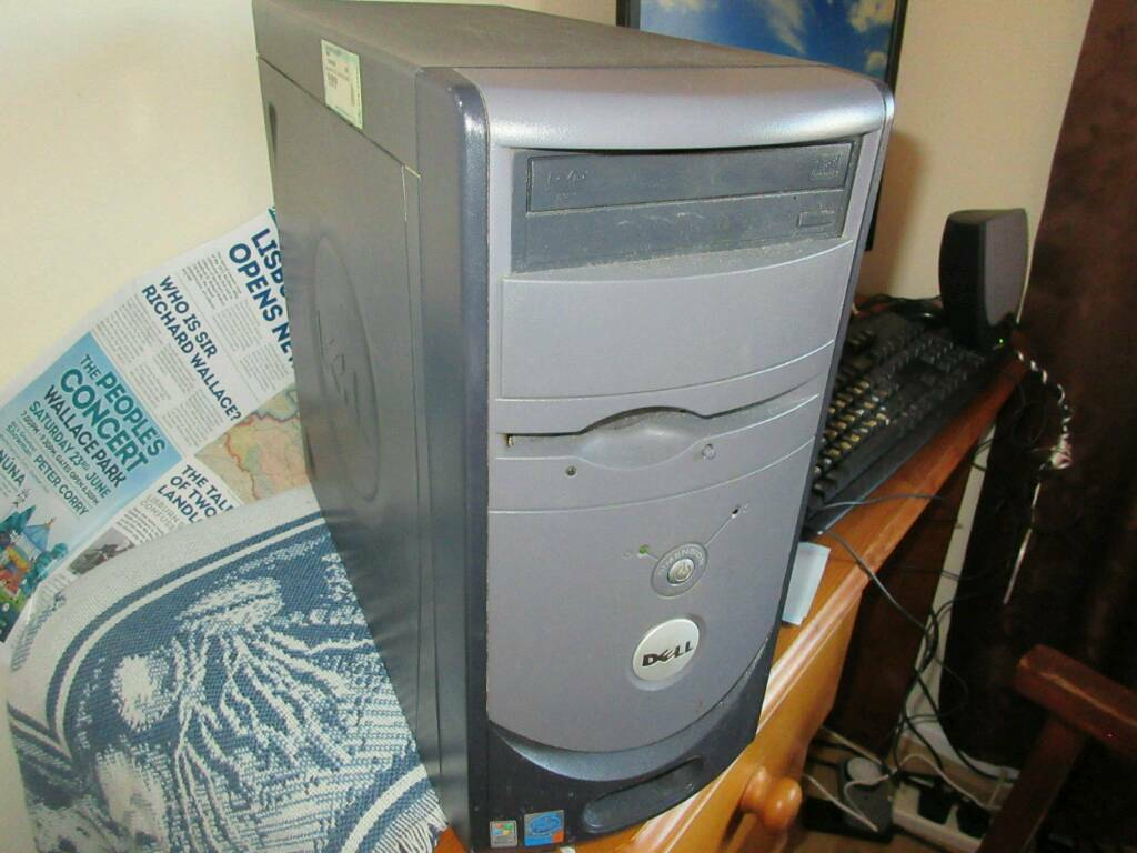 Swell Pc Desktop Xp In Lisburn County Antrim Gumtree Home Interior And Landscaping Mentranervesignezvosmurscom