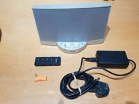 BOSE SOUNDDOCK SERIES II SPEAKER WITH REMOTE CONTROL AND POWER SUPPLY