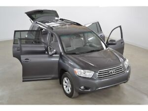 2008 Toyota Highlander V6 4WD 7 Passagers Excellente Condition !