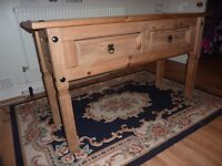 wooden table with 2 drawers