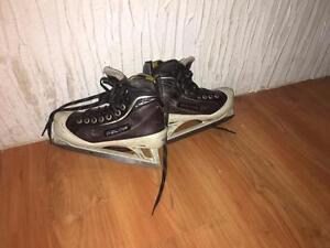 plusieurs patin pour gardien de but grandeur 13Y à 3 de 40$ et plus