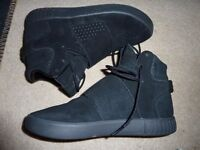 ADIDAS ORTHOLITE BOOT TRAINERS, SIZE L, ( 1 MONTH OLD, ONLY USED TWICE) £15