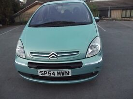 Citroen Xsara Picasso (95,000 miles) For Sale. Mechanically sound with a few scuffs ***£450 ono ***
