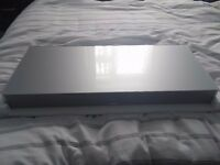 Used Canton DM75 Soundplate/Plinth. Silver Glass. Ideal for large LED tv with no cable clutter.