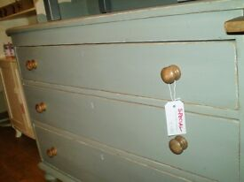 Victorian Chest of 3 Drawers