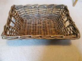 Nice Wicket basket with handles.