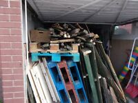 FREE LARGE AMOUNT OF SCRAPWOOD AND 5 PALLETS IDEAL FOR BONFIRES