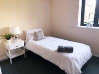 Flat En-suite W/Kitchen *All bills inc & No fees*