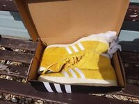 Original Adidas boots size 10 there in great condition