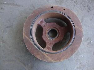 stock 2005 Mustang GT Crank Pulley London Ontario image 2