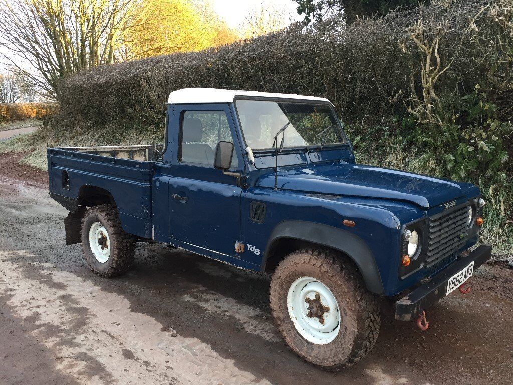 landrover defender 110 high capacity pick up td5 12 months mot year 2000 in brecon powys. Black Bedroom Furniture Sets. Home Design Ideas