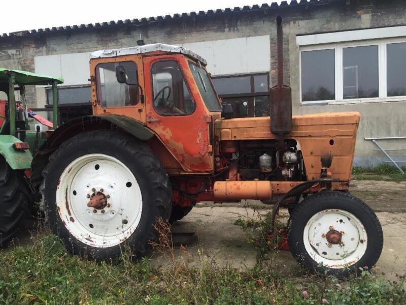 traktor belarus 50er zuverl ssig robust in brandenburg. Black Bedroom Furniture Sets. Home Design Ideas