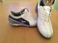 Mizuno Nexlite golf shoes