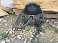 Titan Vacuum cleaner hoover