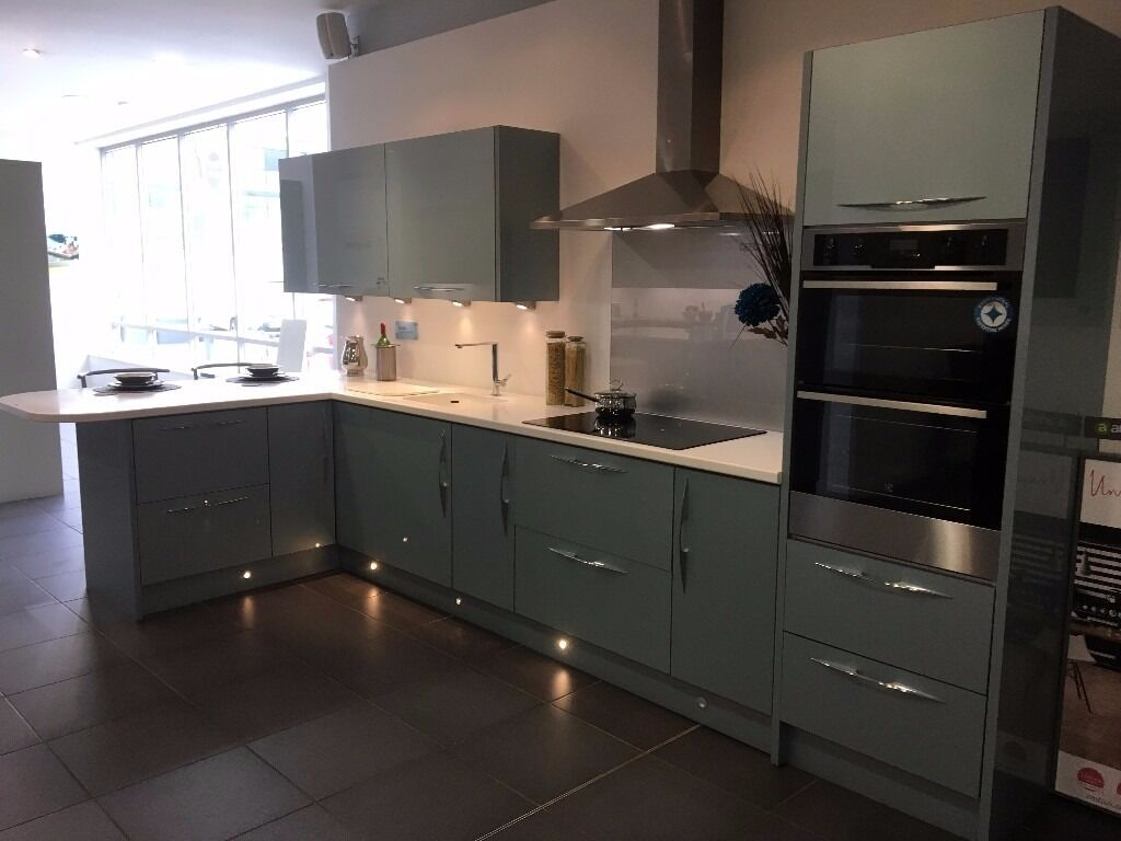 magnet kitchens astral blue magnet kitchens ex display fusion blue in tunbridge 641