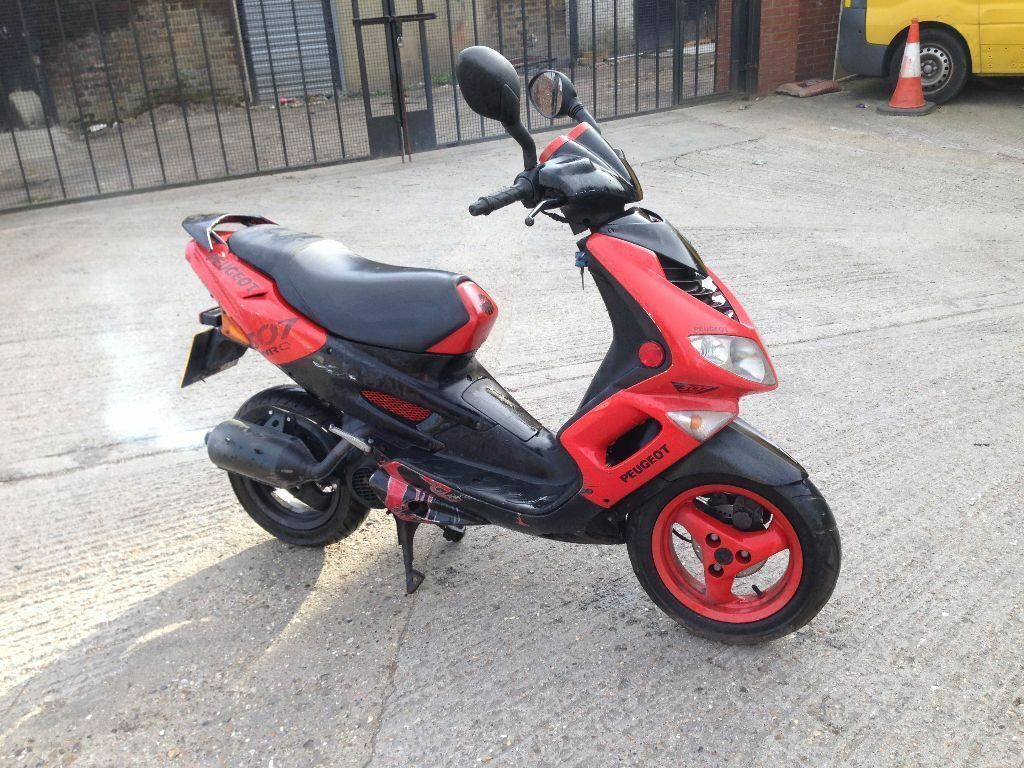 2002 peugeot speedfight 2 100cc scooter runs and drives spares or repair in southall london. Black Bedroom Furniture Sets. Home Design Ideas