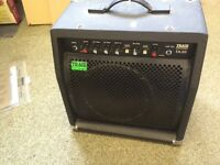 TRACE ACOUSTIC TA30 AMP