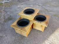 Triple corner planter