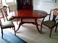 Mahogany dining table, 6 chairs and display cabinet