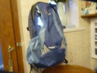 BERGHAUS FREEFLOW 20 WOMENS SPECIFIC FIT BACK PACK, H20 BACK SYSTEM, EXCELLENT CONDITION, £15