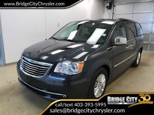 2013 Chrysler Town & Country Limited- Dual DVD, Sunroof, Trailer