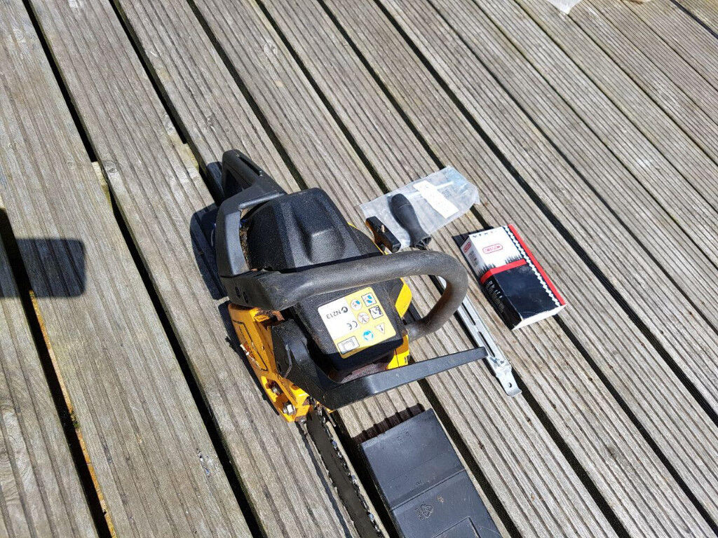 McCulloch 438 Chainsaw with 2 chains, Chain adjusting tool, Sharpening  file, Instruction manual | in Newquay, Cornwall | Gumtree