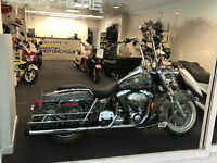 HARLEY DAVIDSON ROADKING 1600 CUSTOM AIRBRUSHED IMPORTED FROM TEXAS HUGH SPEC MUST VIEW