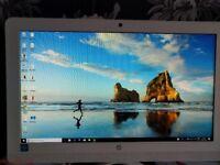 HP All in one pc - model 22-b000na white 1tb