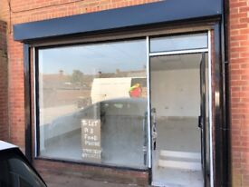 2 Retail/food units to let 1 unit A3 license Busy Road Ampthill Road Bedford