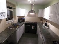 3 double rooms in Bristol student house share from £400 pcm- bills included. Ideal for UWE students