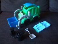 Play-Doh Diggin Rigs Garbage Truck - £8 **FREE DELIVERY**