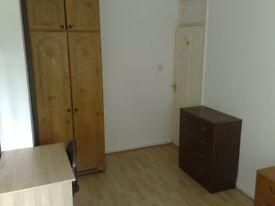 decent size double room to rent CLOSE TO BOROUGH LONDON BRIDGE TOWER BRIDGE
