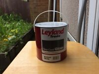 Leyland Trade One Coat Gloss 2.5 L, 3 L, 5 L Brilliant White - total 6 Containers/ Boxes