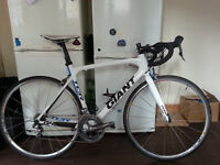 Giant TCR Advanced full 105 Full Carbon road bike.
