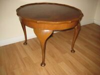 Nice Traditional Old Vintage Wooden Piecrust Coffee/Occassional Table.