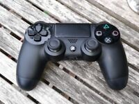 PS4 / Playstation 4 Controller, Immaculate Condition, Hardly Used