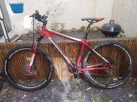 DiamondBack Peak 27.5 high spec mountain bike