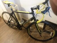 Carrera TDF carbon forks roadbike.(very little used)Like new!!