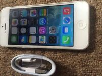 iphone 5 16GB UnlocK FREE DELIVERY WITHIN LONDON