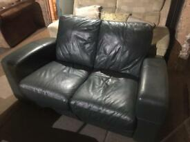 2 seater green leather sofa in good condition can deliver