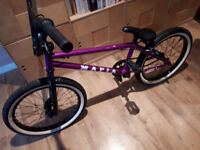 BMX BIKE, BICYCLE, MAFIA KUSH 1, METALLIC PURPLE, GIRLS or BOYS MINT CONDITION.