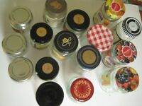 17 LARGE GLASS PRESERVE JARS WITH LIDS FOR JAM/CHUTNEY ETC USE