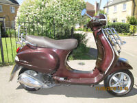 Vespa lxi Touring 125cc, 2010 Twist n Go New MOT, great condition