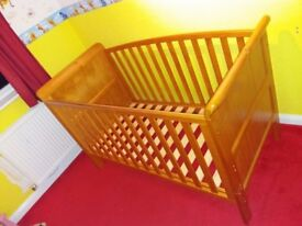 Tuscany Pine Cot which converts to Toddler Bed