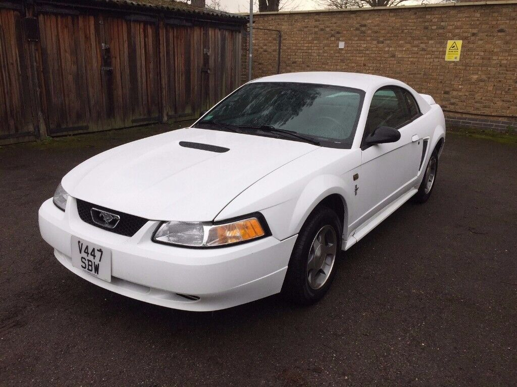 2000 ford mustang coupe 3 8 v6 manual