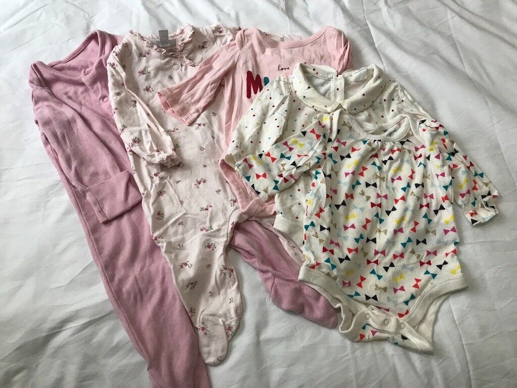 a4966bbefe65 Baby girl clothes 0-3 months
