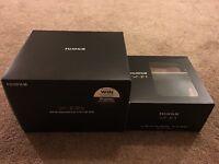 Fuji (Fujifilm) X-E2s in Black with genuine Fuji Leather Case - Body Only!