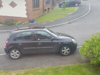 Renault Clio 2003 (MOTd and Service due Jan 2018) fantastic condition. No problems. £600.